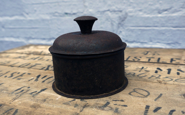 Vintage rustic primitive metal tin