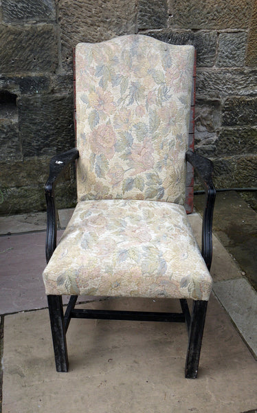 Another project piece £25 vintage armchair perfect for painting and reupholstery
