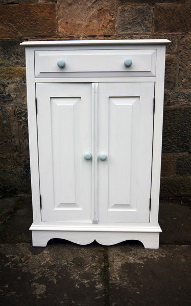 Hand painted cupboard in Fusion Mineral Paint