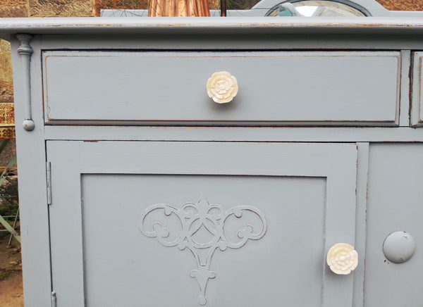 hand painted sideboard in miss mustard seed milk paint