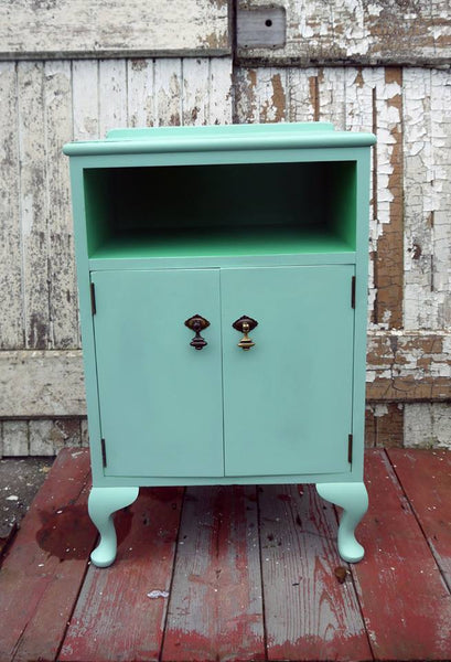 hand painted vintage bedside cabinet in Fusion Mineral Paint