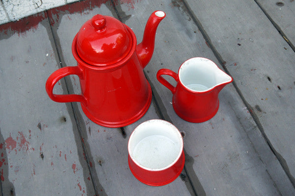 Vintage red and white ceramic coffee / tea set from emily rose vintage