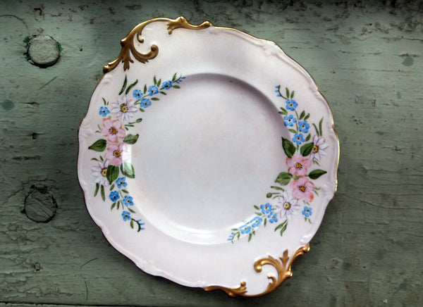 Gorgeous vintage cake plate