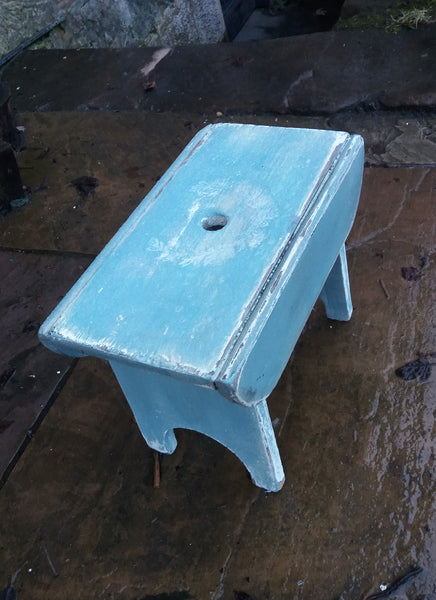 Vintage hand painted  wooden step stool with wreath design