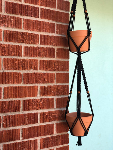 Double black hanging macrame with bead