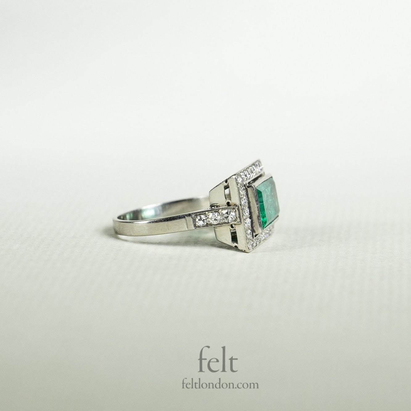 incredible colour and shine of the diamonds and the fantastic emerald