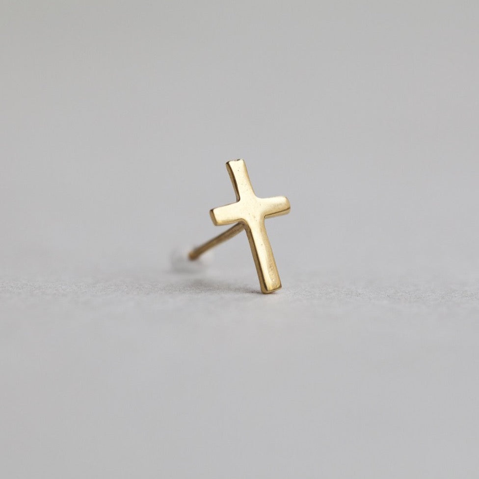 gold plated silver cross stud, sold in pairs