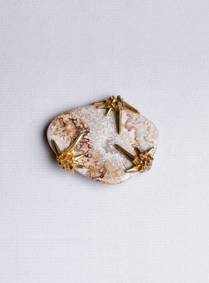 Yellow Agate and Gold Brooch