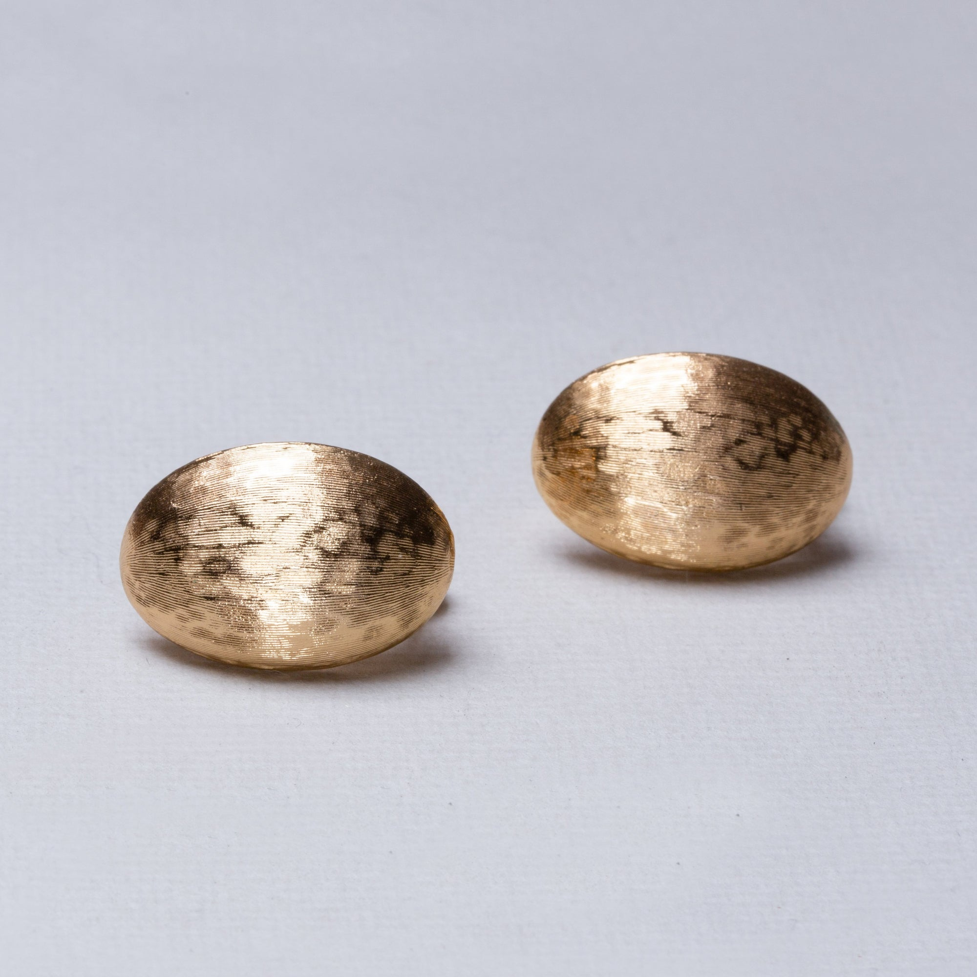 Vintage Gold Textured Clip-on Earrings