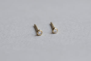 felt diamond blob stud earrings close up