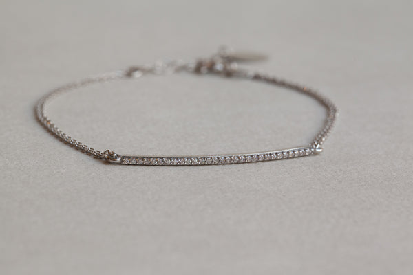 beautiful and elegant mimosa bracelet in detail...