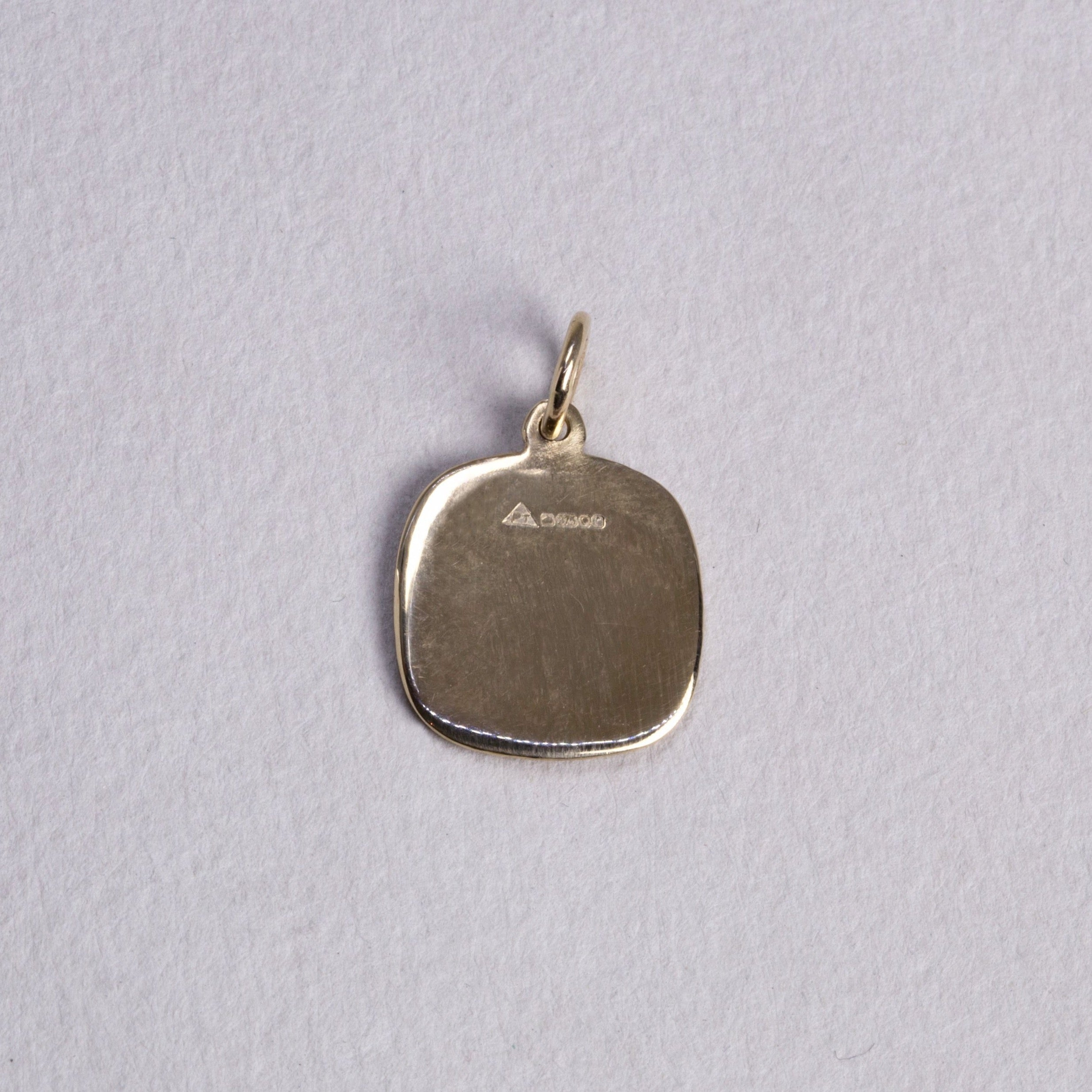 back view of the pendant
