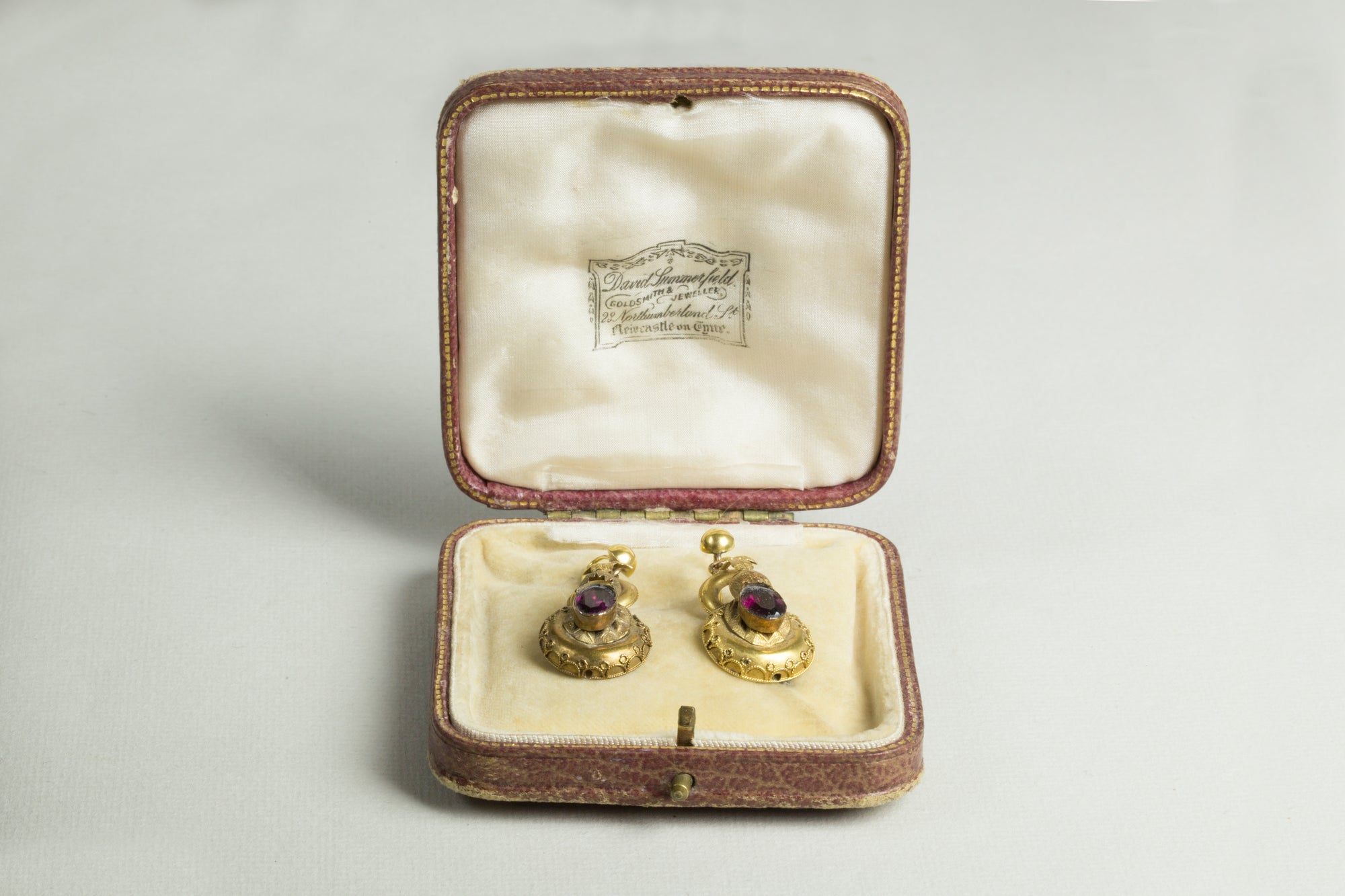 Vintage Gold Red Garnet Drop Earrings