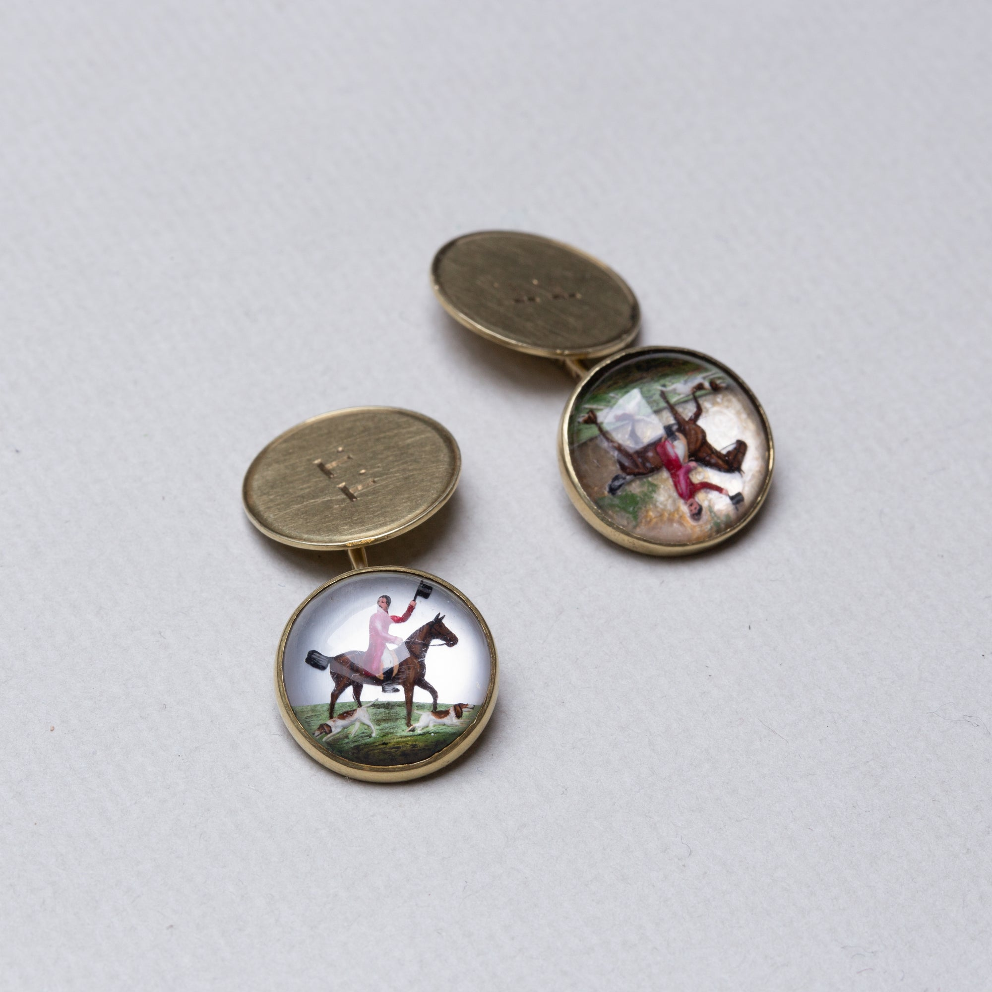 Vintage 14ct Gold Essex Glass Hunting Scene Cufflinks