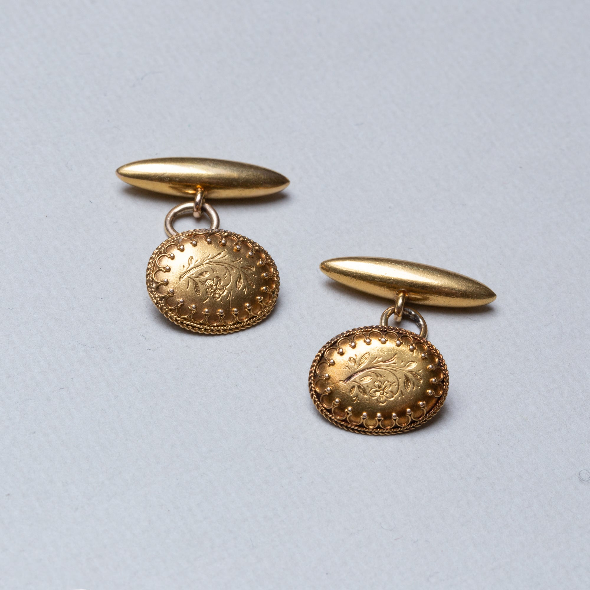 Vintage 18ct Gold Flower Cufflinks