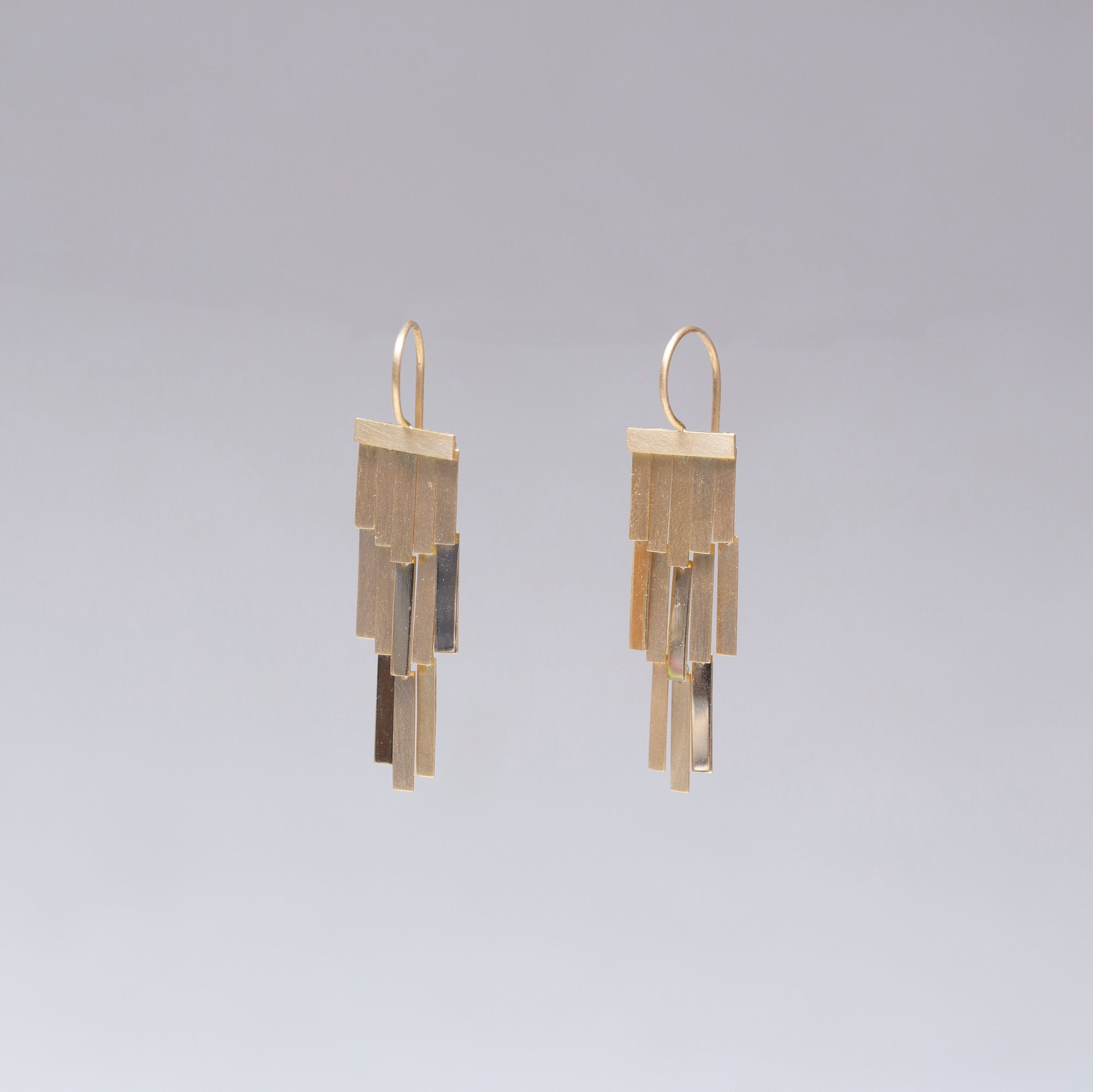 18ct Gold Rainfall Earrings