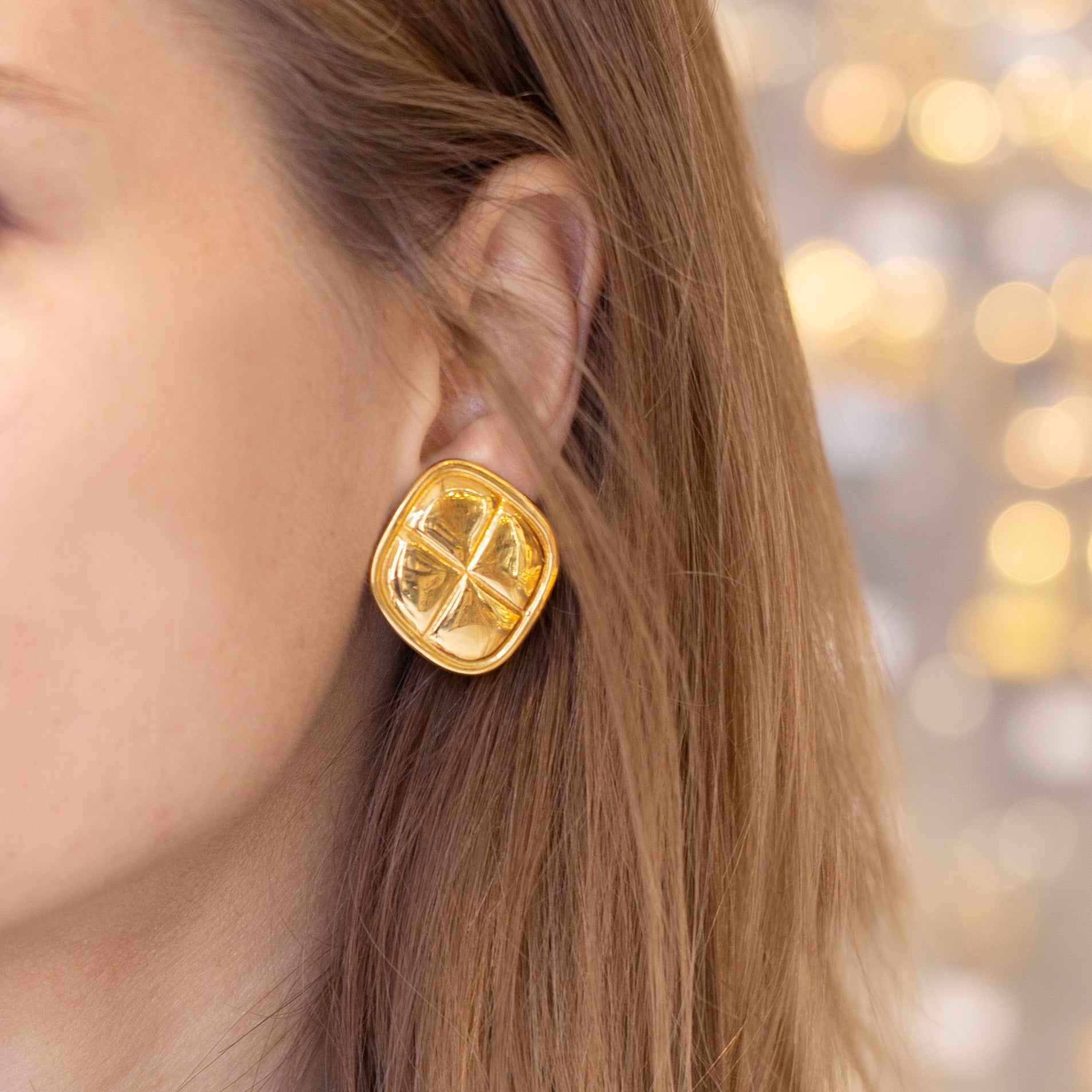 Vintage Gold Rhombus Clip-on Earrings