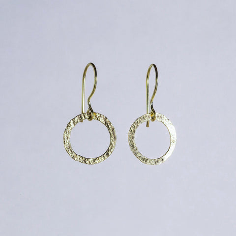 Ines - Textured Circle Drop Earrings