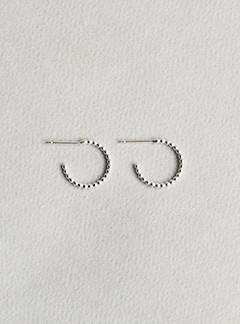 Yoriko Mitsuhashi felt beaded small silver and silver gold-plated hoops