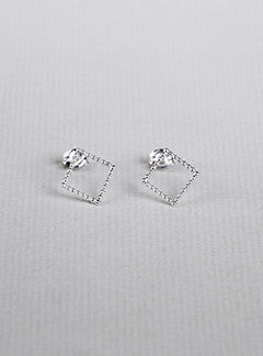 Yoriko Mitsuhashi felt Beaded Silver Square Stud Earrings