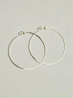 By Boe Simple Small Hoops Made of Gold-Filled Wire