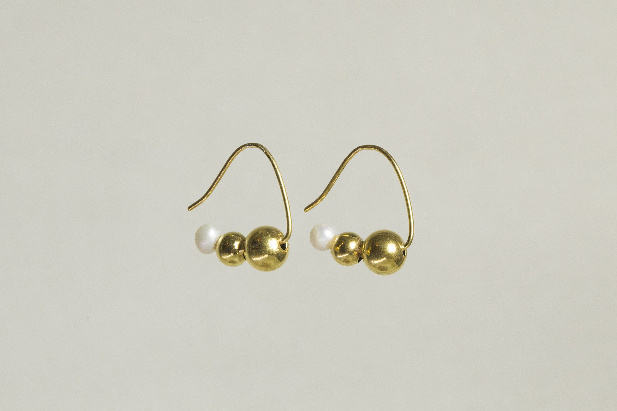 molecule hoops are incredibly elegant and work perfectly as slightly jazzy everyday earring!