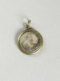 Small Edwardian Portrait Charm