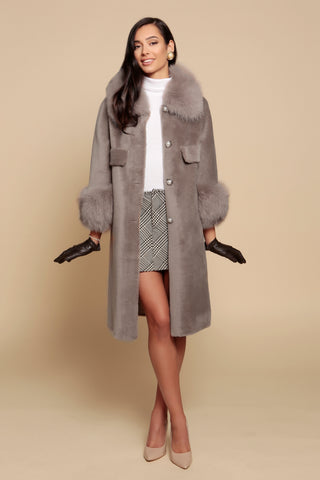 'Roman Holiday' 100% Wool and Faux Fur Coat in Grigio