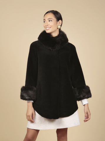 'Gone With the Wind' 100% Wool Cape Coat in Nero