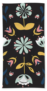 Folk Flower Pattern in Black and White - Beach Towel