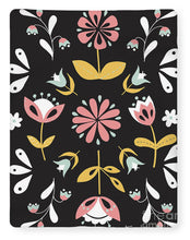 Load image into Gallery viewer, Folk Flower Pattern in Black and White - Blanket