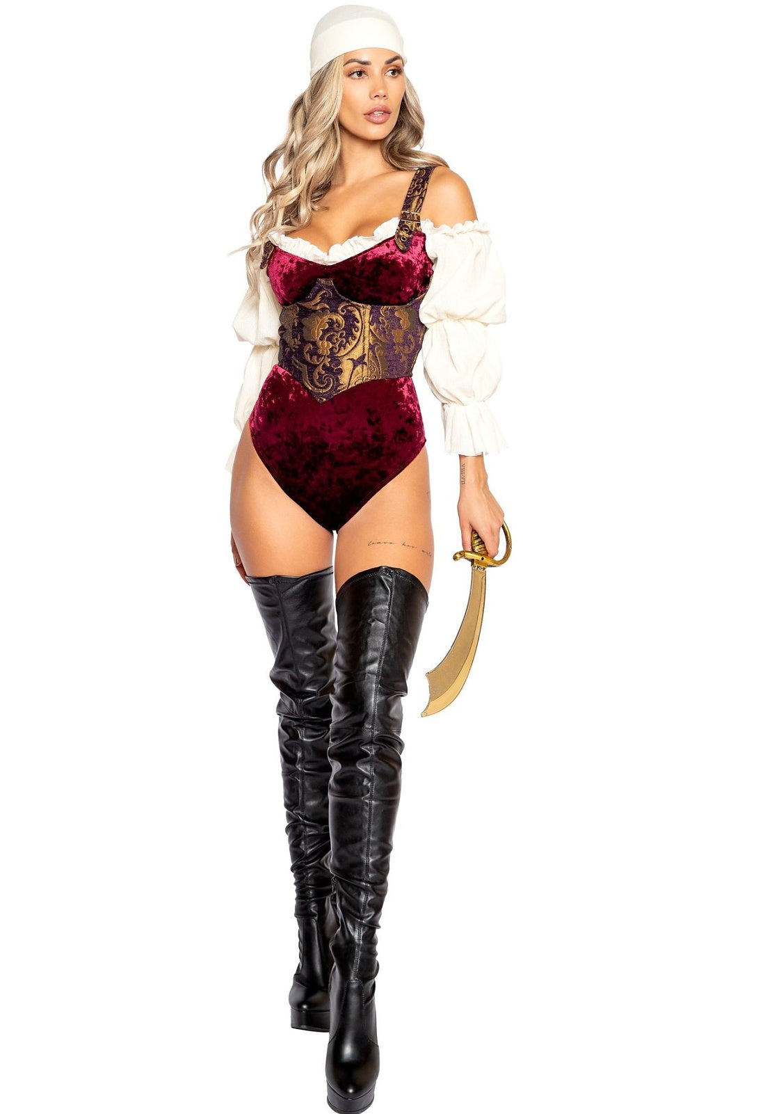 Pirate maiden costume