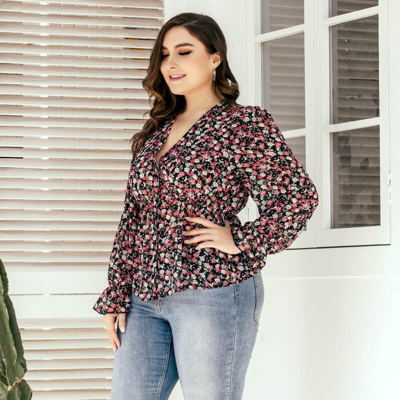 Plus Size Floral Blouse - red left