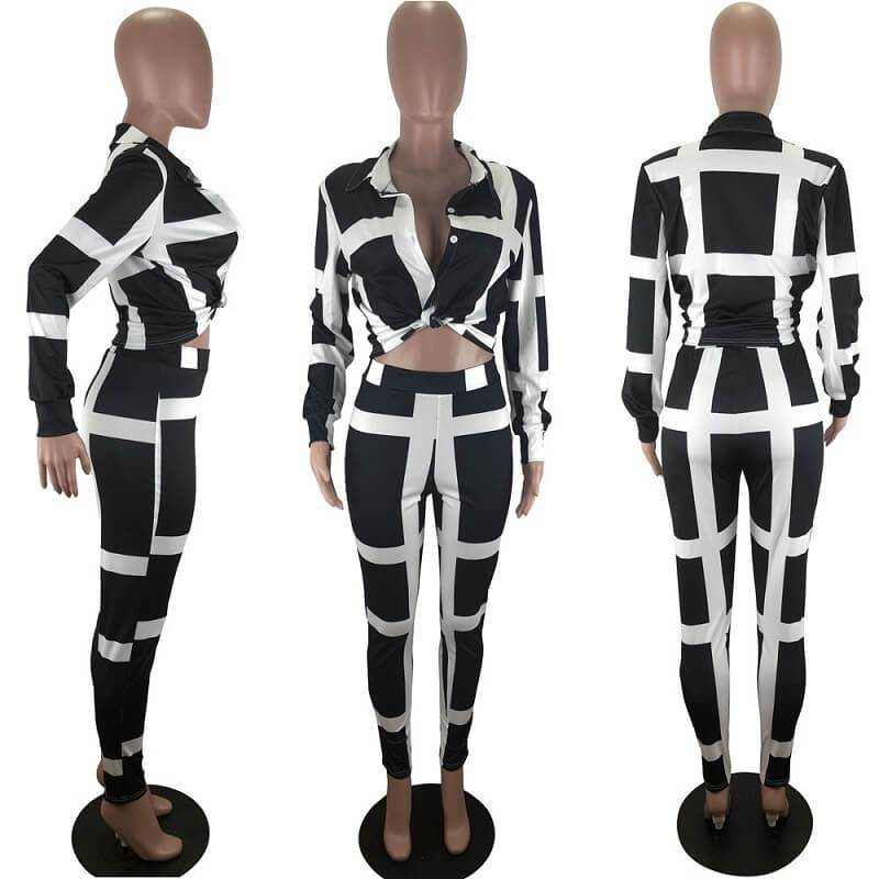 Plus Size Striped Suit - black model picture