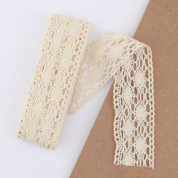 5mt Cotton Crochet Lace Vintage Trimming (7017)