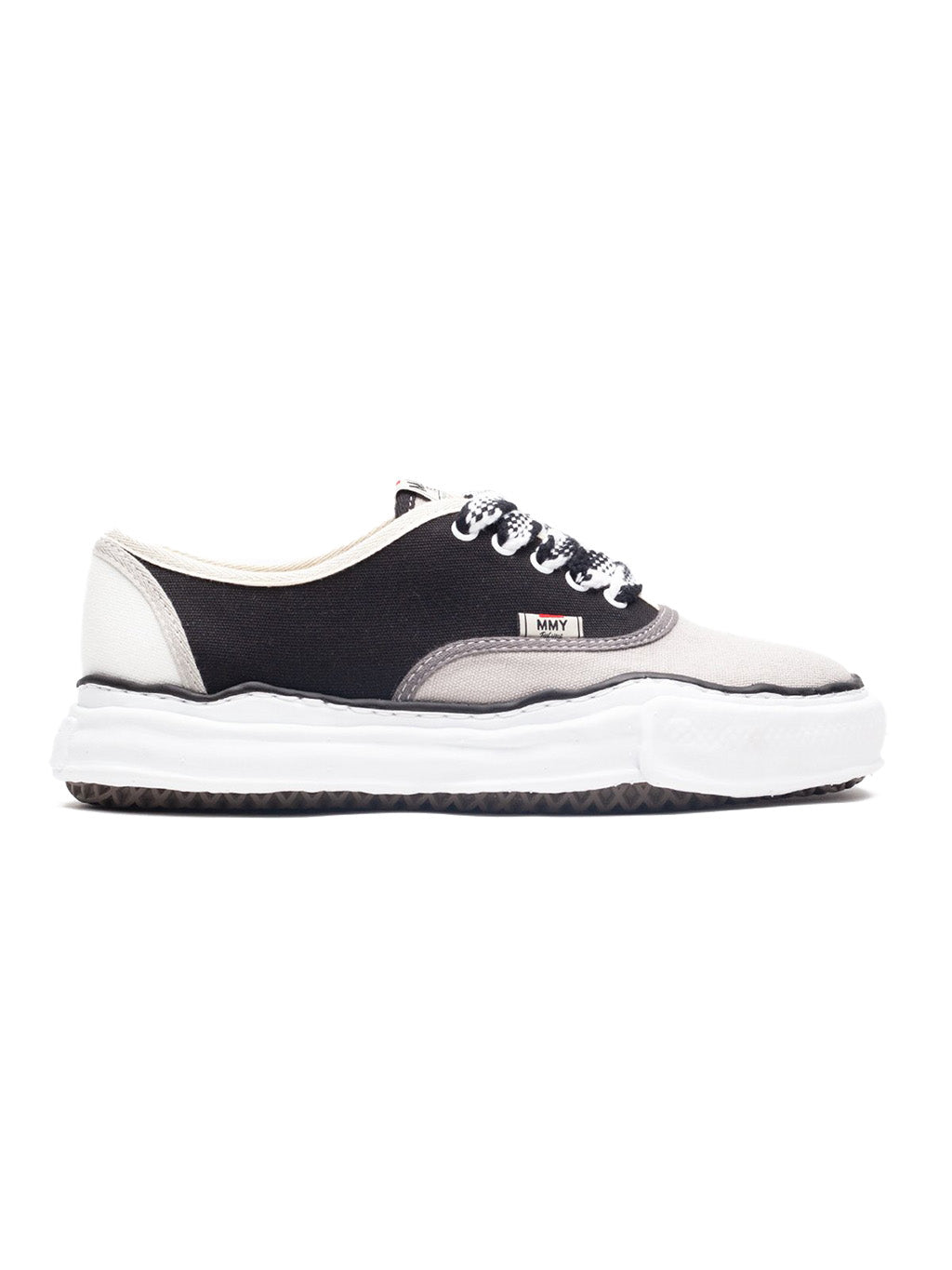 Black & White Baker Low Sneakers