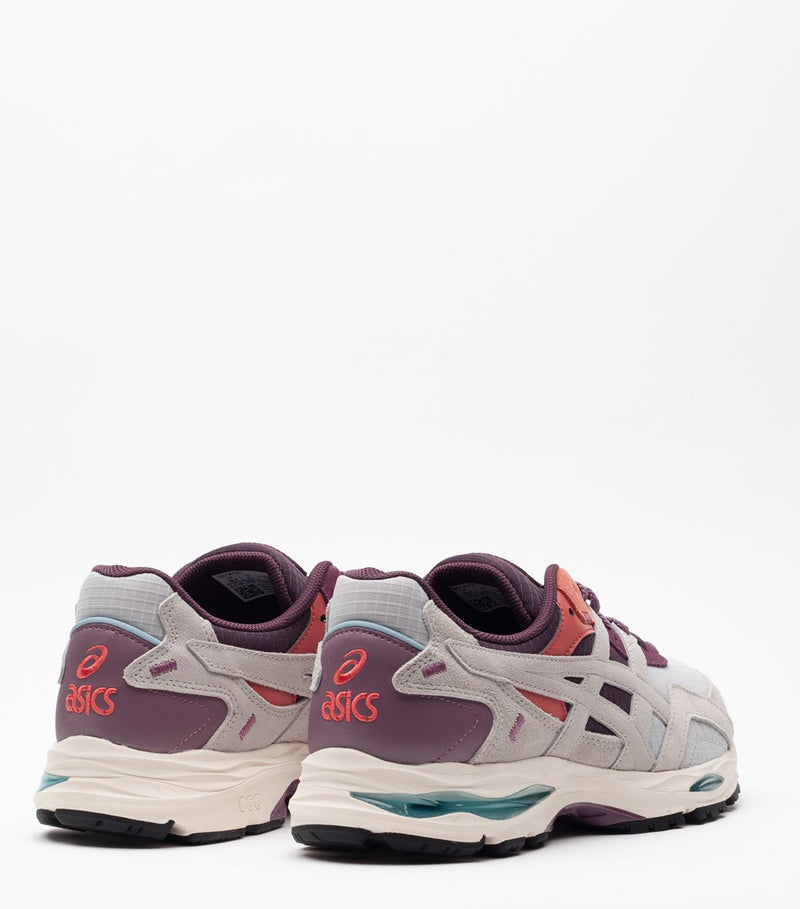 Oyster Grey and Grape Gel-MC Plus Sneakers