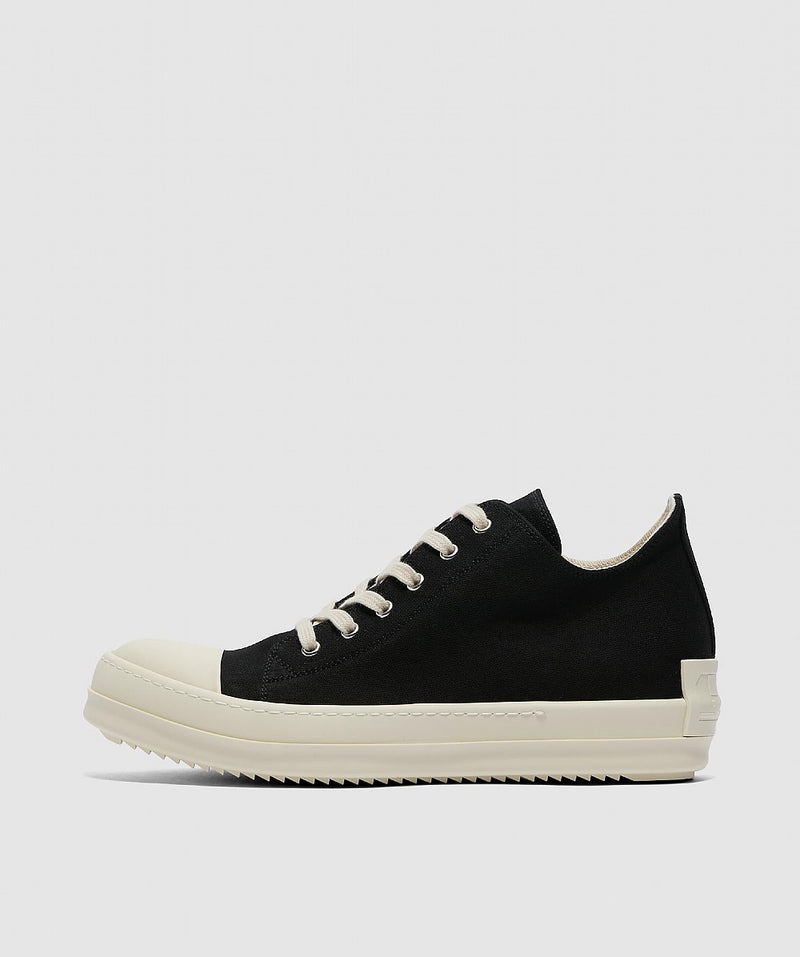 Black Low Sneakers