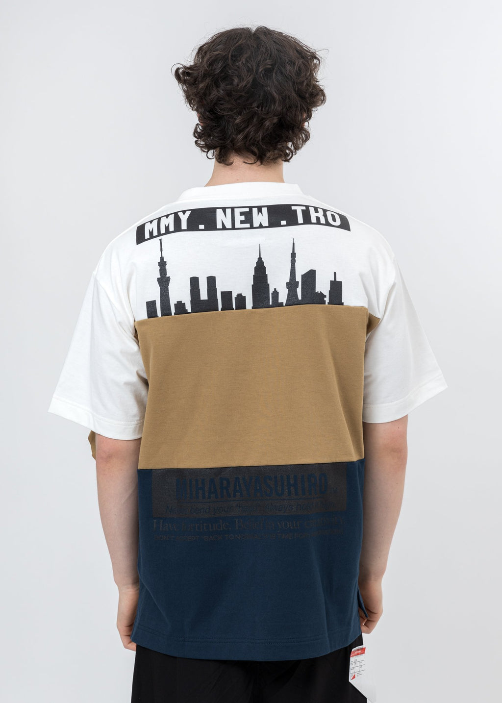 White Border Docking T-Shirt