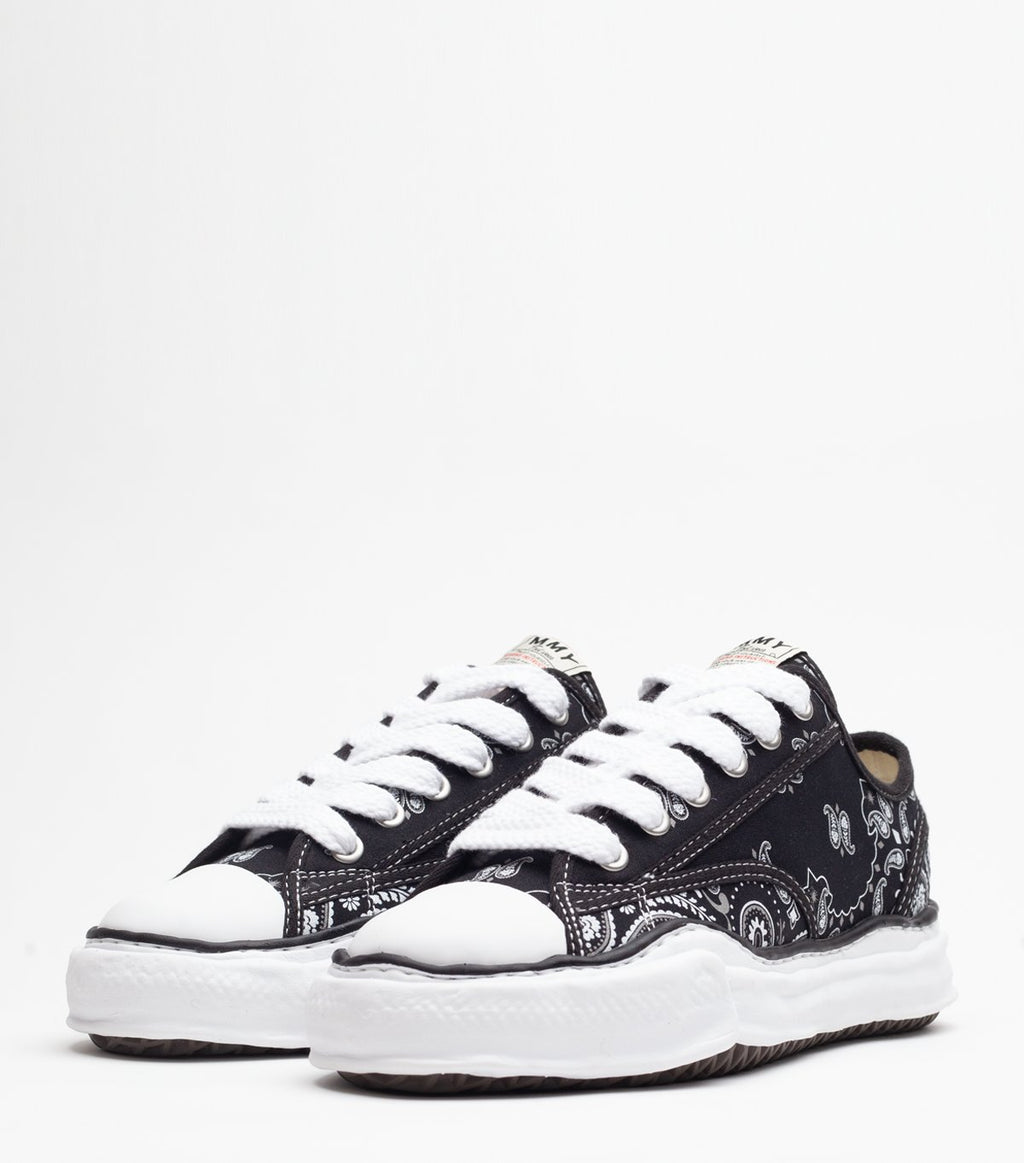 Black & White Peterson Lo OG Sole Sneakers