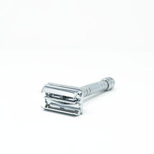 Parker Safety Razor, Butterfly Open, Knob on Botton 66R