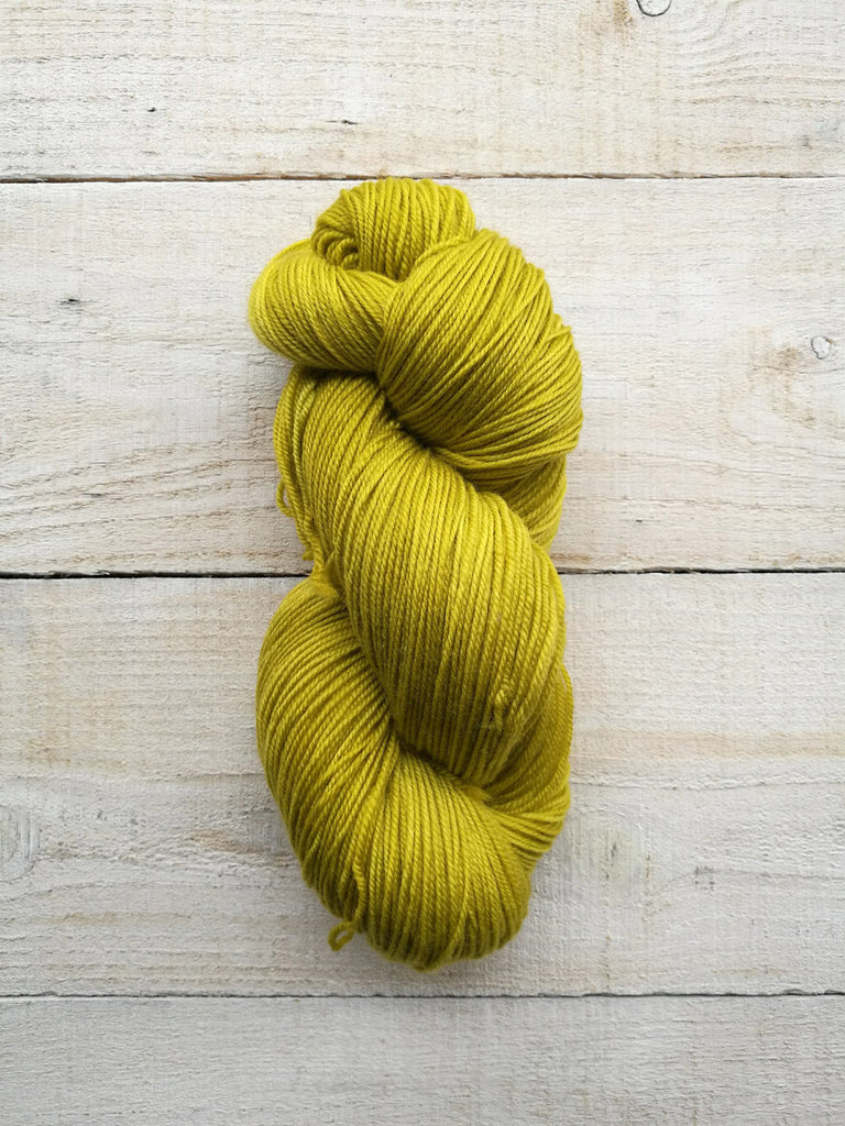 ALEGRIA <br> (75% Lana Merino Superwash / 25% Nylon)