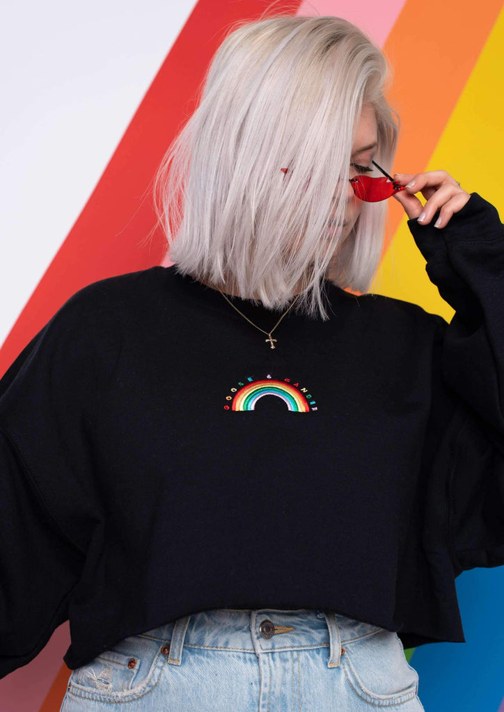 Cropped Rainbow Em Sweat, Black | Goose & Gander