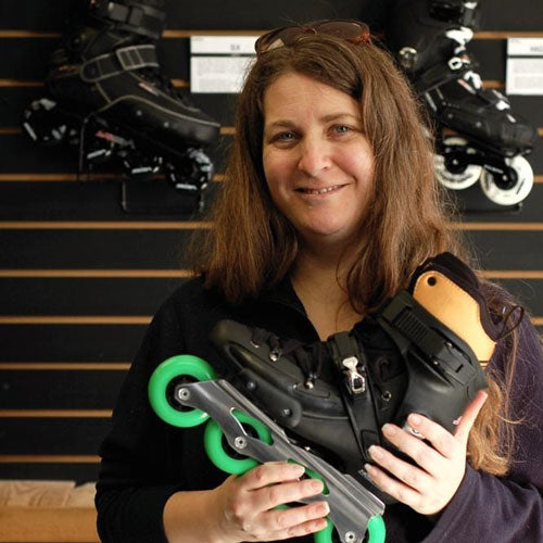 People & Skates #2 - Laurie and her FR2's