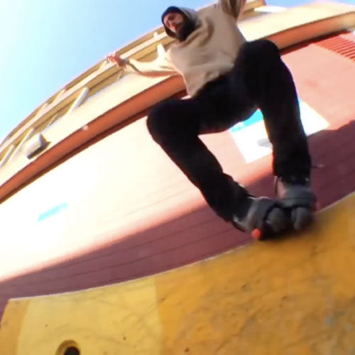 Taylor Ritchie - Beard Blading with Razor Skates