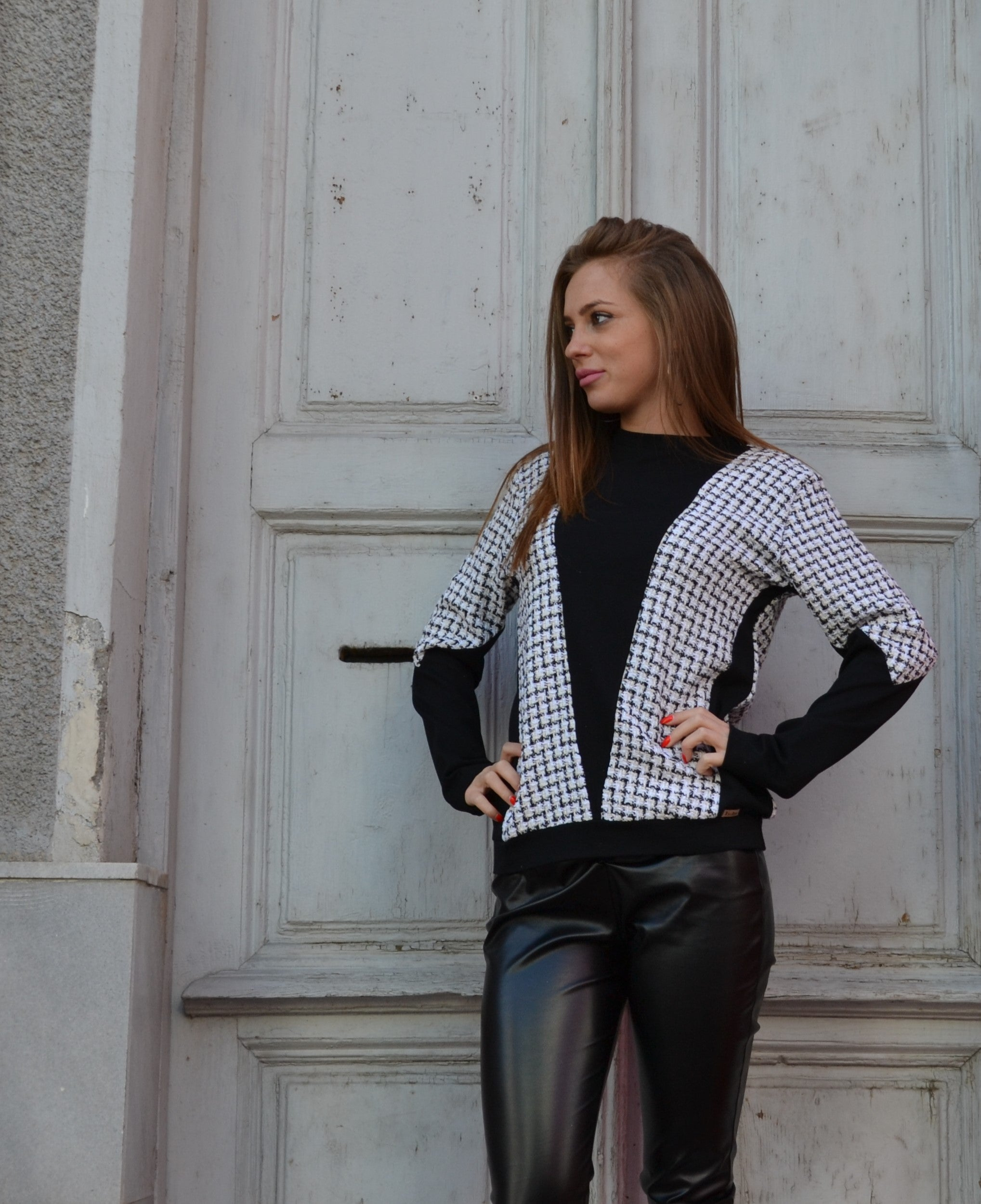 Дамска блуза WOMEN BLACK AND WHITE BLOUSE