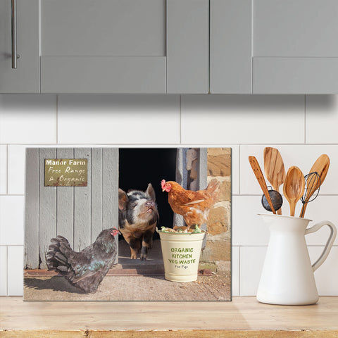 Pig and Hens Glass Chopping Board - Bertie shares his lunch - Kitchy & Co
