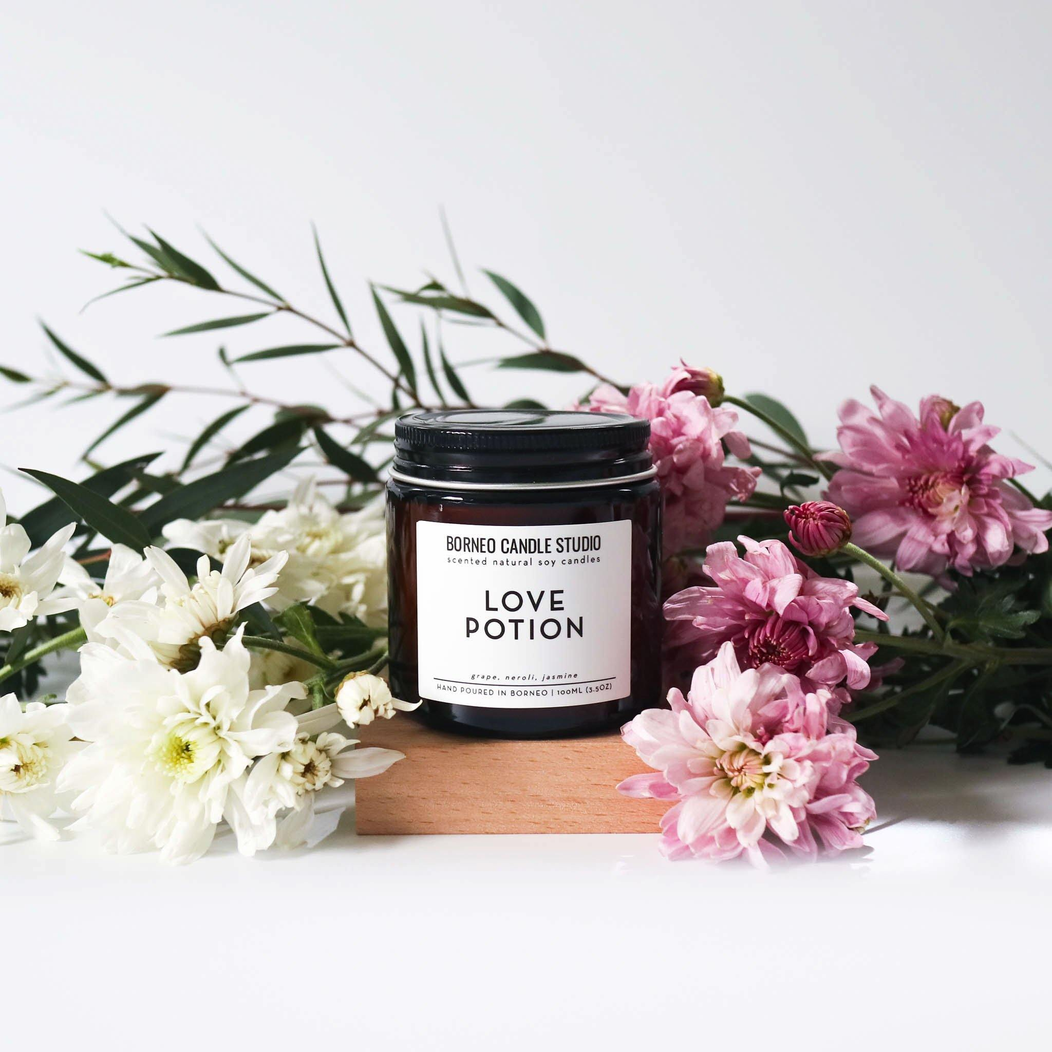 Love Potion Soy Candle - grape, neroli, jasmine Borneo Candle Studio