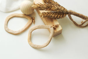 MILA // Textured Light Beige Dangle Clay Earrings