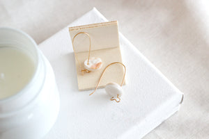 Nia // Neutral And Gold Shimmer Clay Clasp Earrings